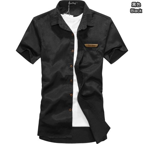 極簡多色搭配款.木釦皮革包邊口袋.造型短袖襯衫,,,01030442,極簡多色搭配款.木釦皮革包邊口袋.造型短袖襯衫,