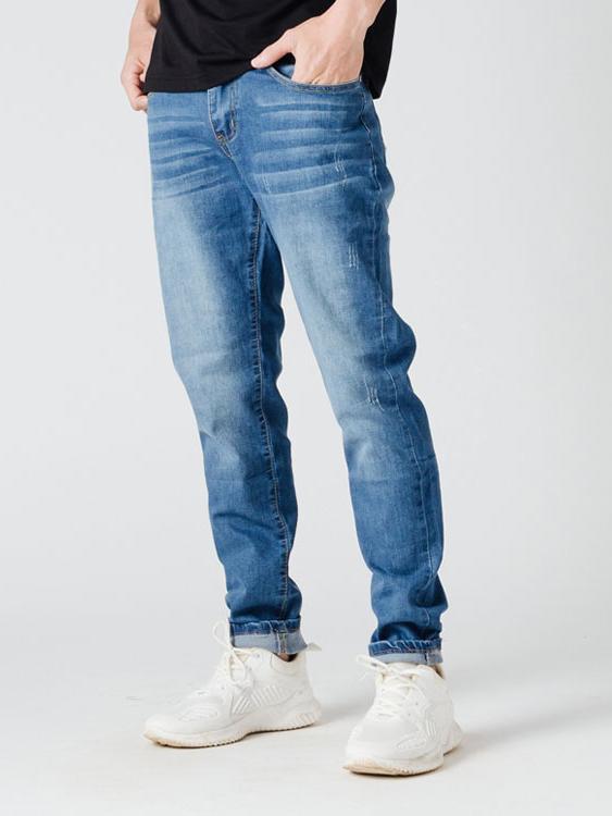 人人必備.刷白基本款牛仔褲