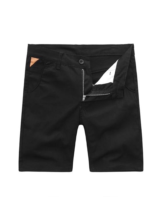 時尚型男單品.皮革標彈性短褲