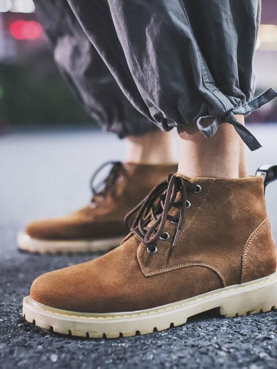 舒適耐穿.高顏值真皮透氣馬丁靴