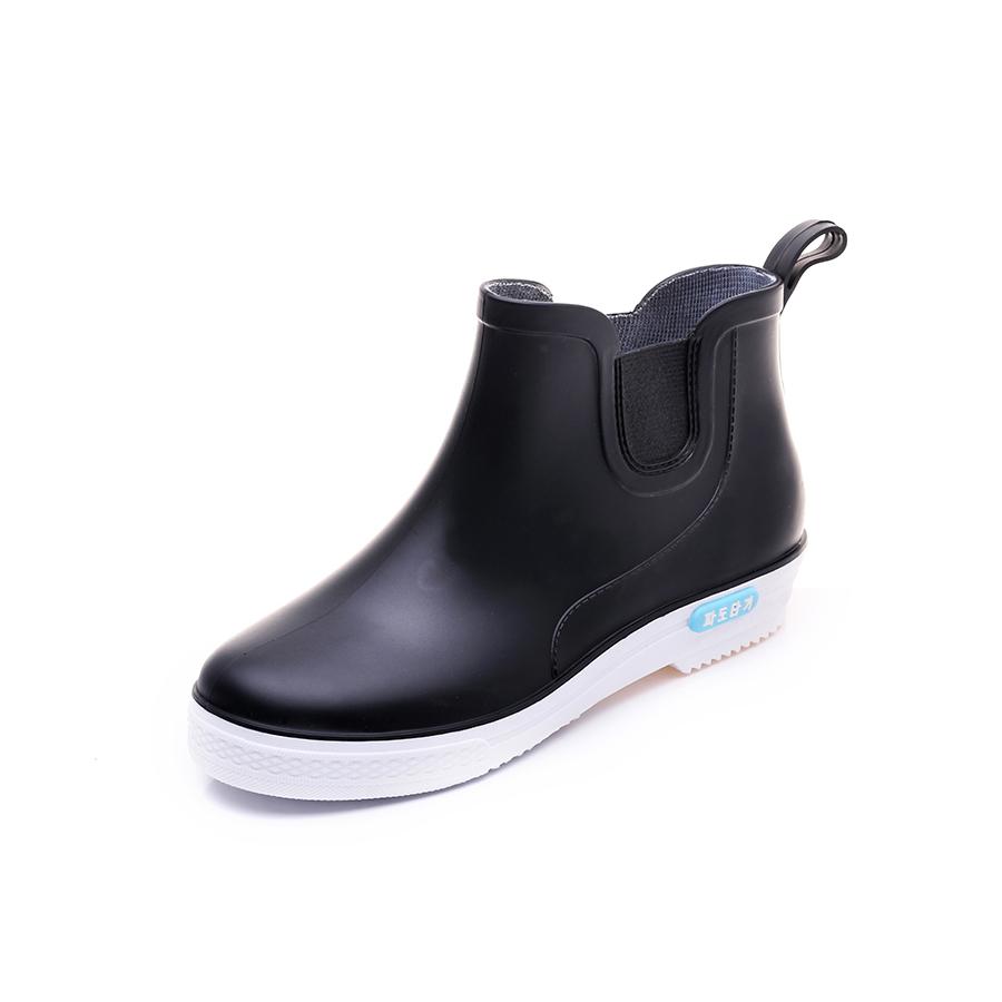 雨季穿搭.簡約男士短筒雨鞋,,,05080006,雨季穿搭.簡約男士短筒雨鞋,