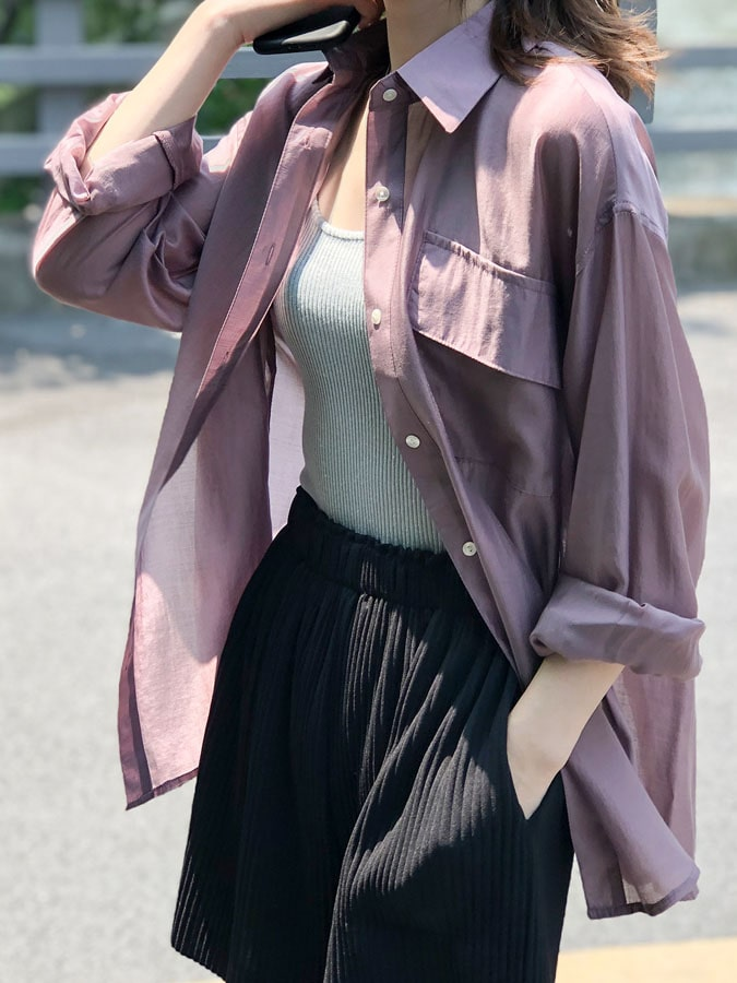 透膚涼爽絲質寬版長袖襯衫.M~L