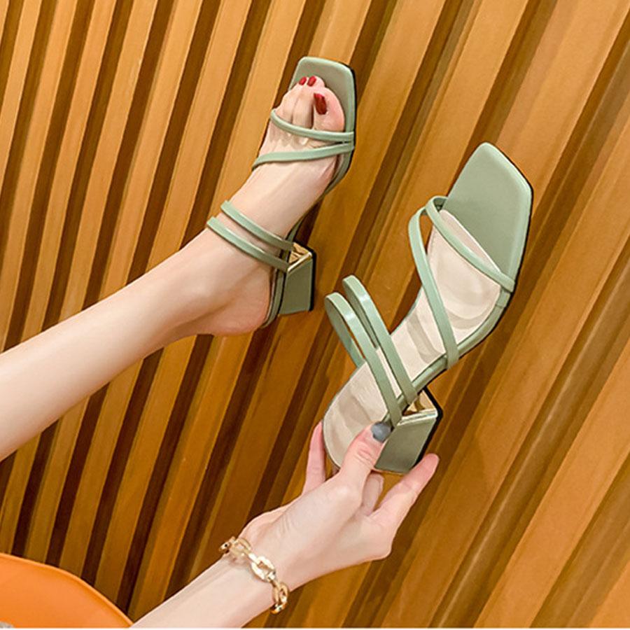 春夏顯瘦線條方頭粗跟涼拖鞋6cm,,,K6010052,春夏顯瘦線條方頭粗跟涼拖鞋6cm,