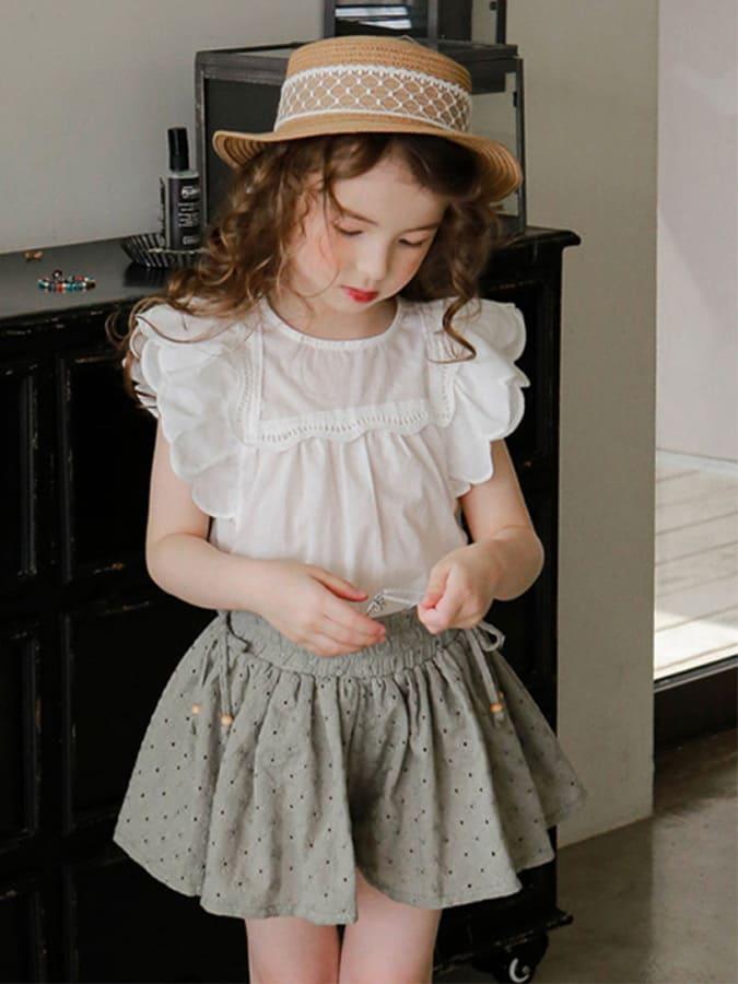 韓國童裝女孩純色飛邊無袖上衣.童裝