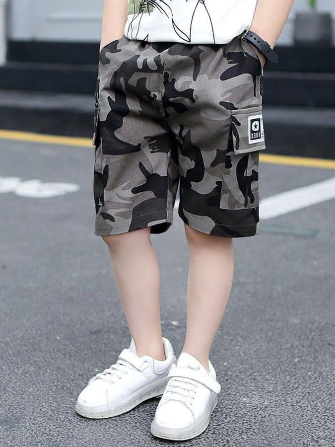 中大童迷彩工裝布標五分褲.童裝