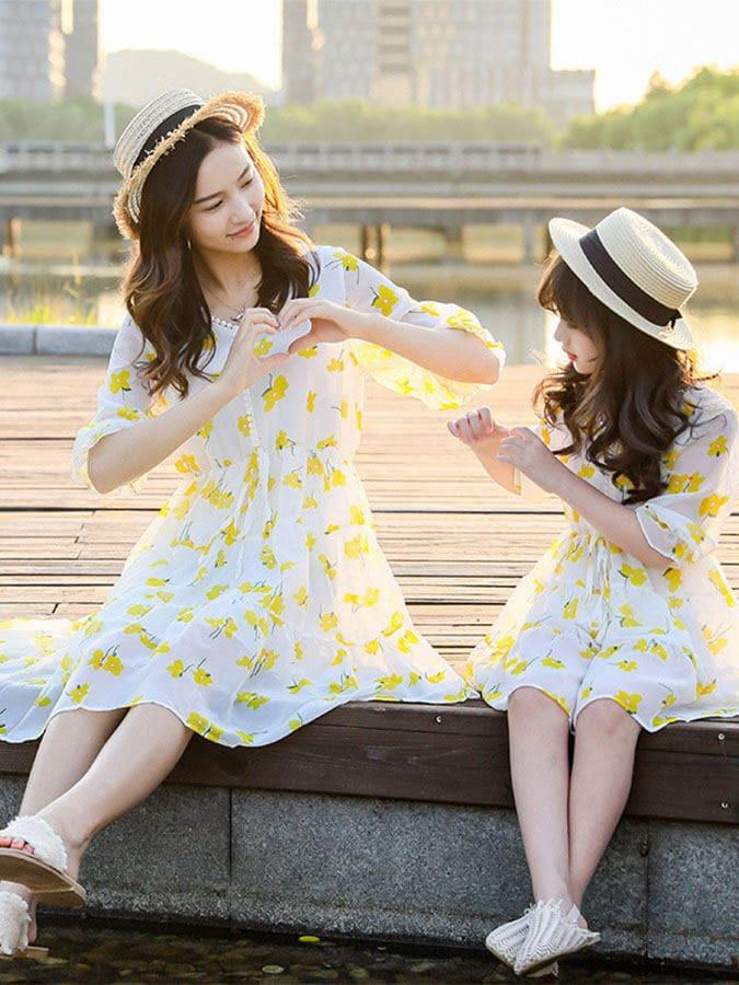 親子裝.黃色小花公主袖V領連衣裙.童裝